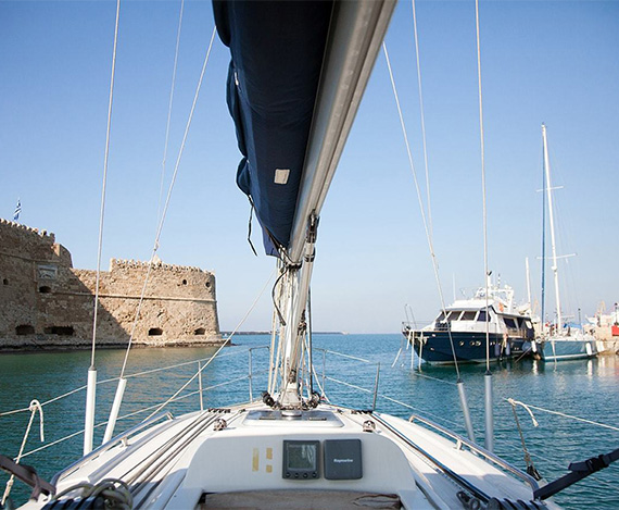 Contact Lavrio Cruises. Yacht Cruises from Lavrio. Yacht cruises from Athens. Day Cruise • Multi Day Cruises (2 & more days) • Scuba Diving Excursions • Fishing Day Trip